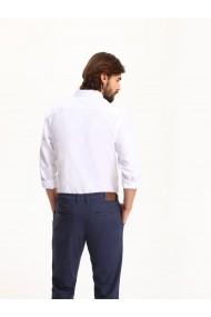 Vīriešu krekls ar garām