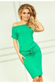 Zaļas krāsas kleita