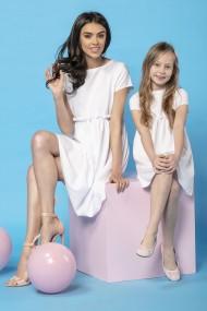 Balta kleita māmiņai