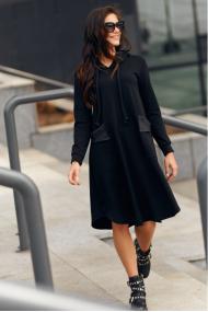 Melna kleita