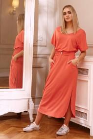 Rozā kleita