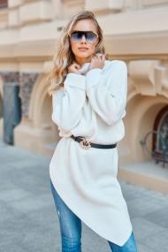 Balts džemperis