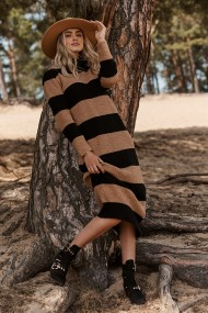 Melna-brūna, adīta kleita